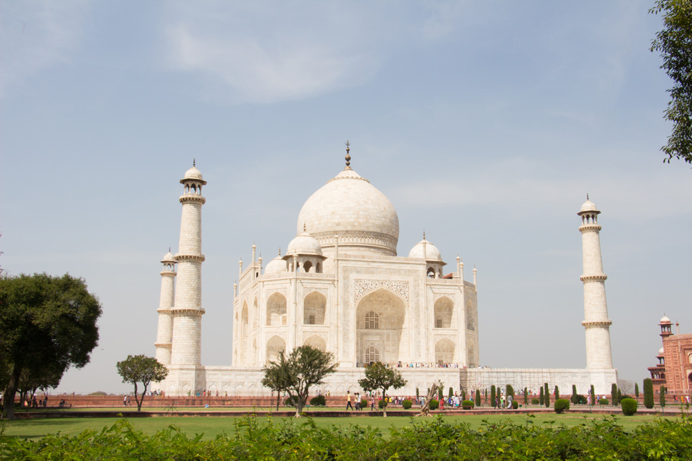 Private Jet Around the World March 2015 –  INTRIGUING INDIA …
