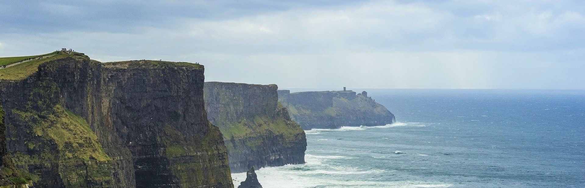 Ireland Cliffs_of_Moher_-_Unsplash 2